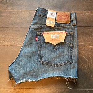{Levi's} 501 High-Rise Jean Shorts. Size 30. New!